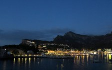 Bajando al Puerto de Sóller, de noche