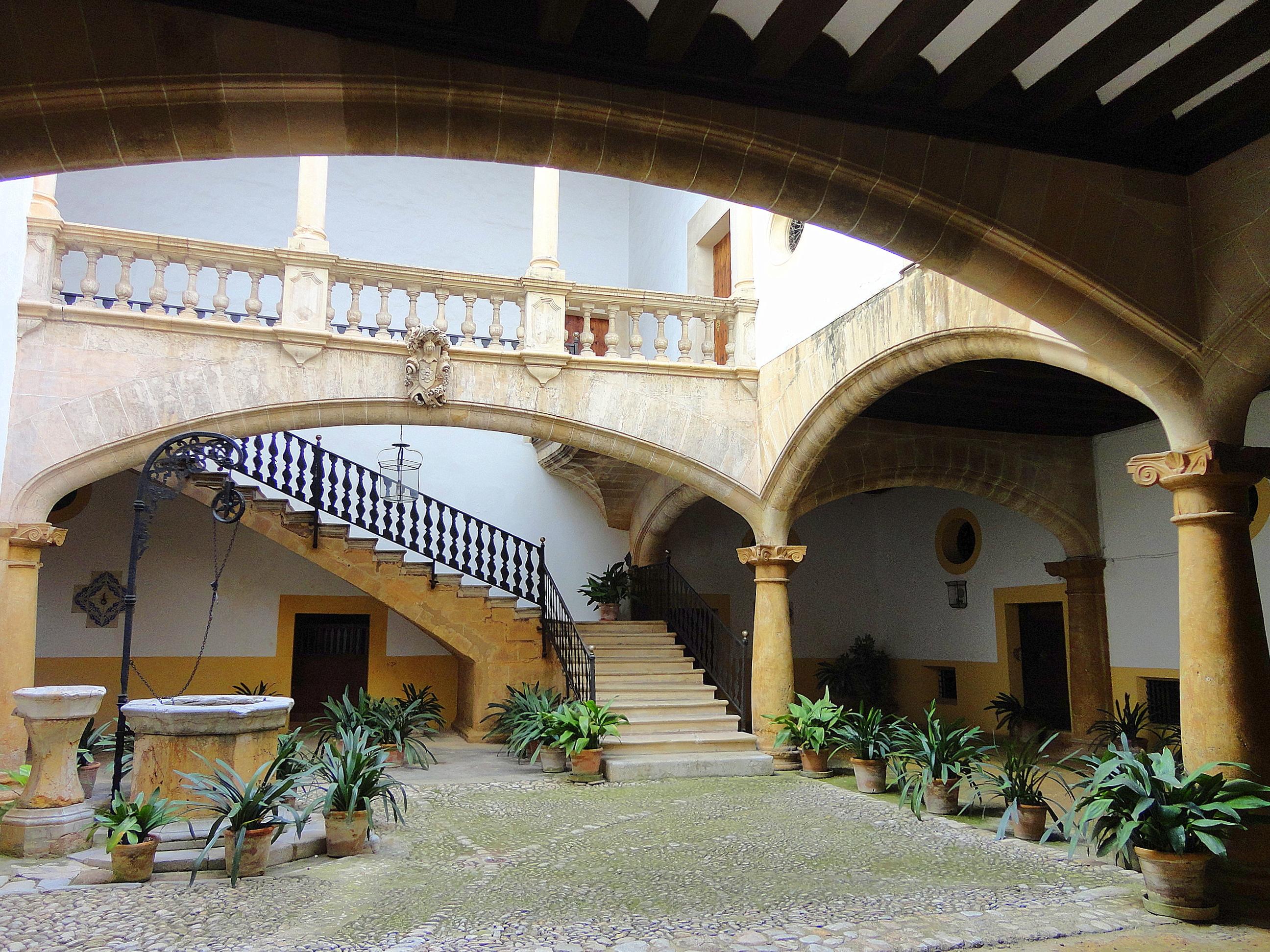 El patio mallorqu n ejemplo perfecto de arquitectura - Arquitectura bioclimatica ejemplos ...