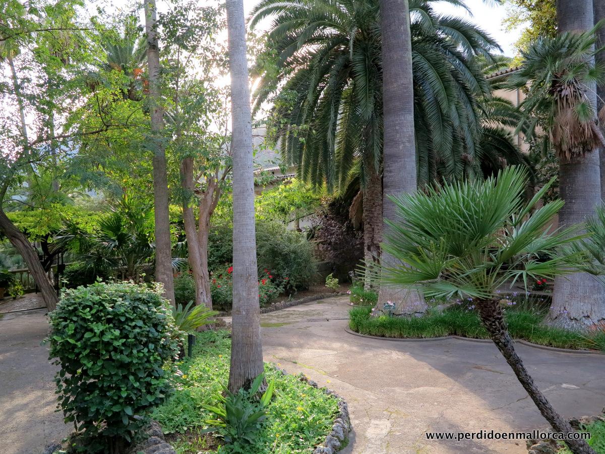 Juegos de agua en los jardines de alfabia y ii for El jardin perdido