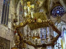 Coronación del Altar Mayor por Gaudí