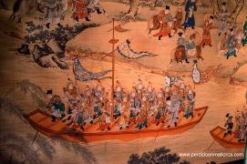 Tropas imperiales desplazándose por una vía fluvial y por tierra.